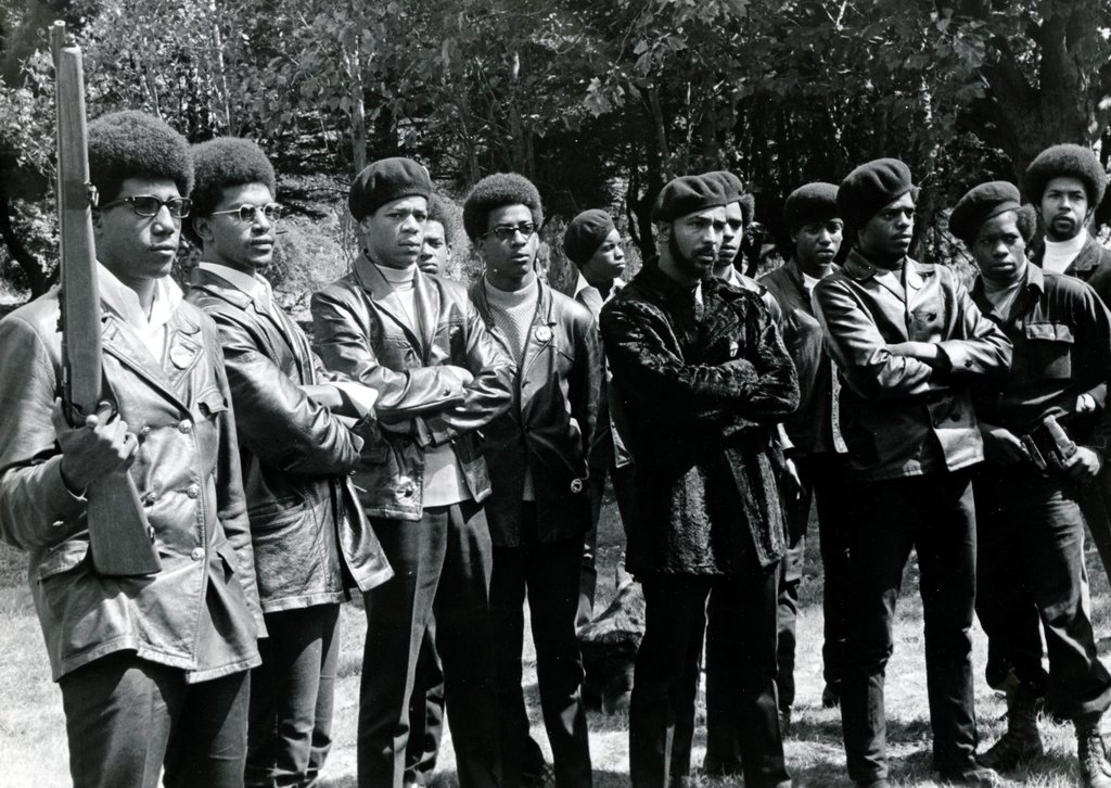 02blackpanthers-slides-slide-B2HE-jumbo-v2.jpg
